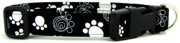 Black and White Swirl Paws Dog Collar