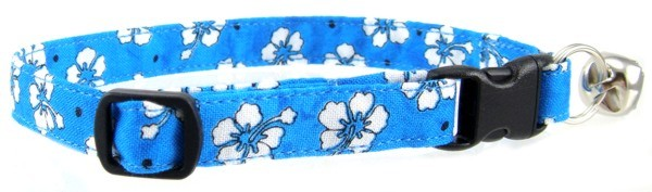 Blue Hawaiian Flowers Cat Collar