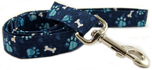 Blue Plaid Paws Dog Leash