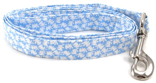 Blue Tossed Bunnies Dog Leash