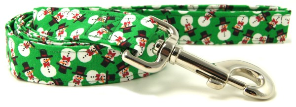 Green Tossed Snowmen Dog Leash