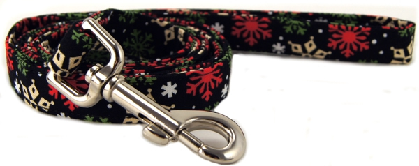 Peppermint Snowflakes Dog Leash