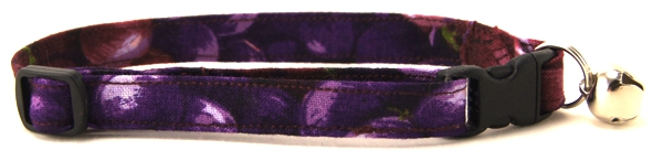 Purple Grapes Cat Collar