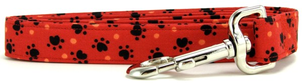 Red Heart Paws Dog Leash