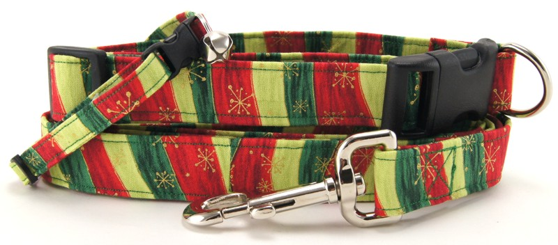 Wavy Christmas Stripes Dog Collars - Dog Leashes - Cat Collars